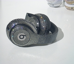 BLACK OMBRE EDITION Beats Design with Swarovski Crystals.