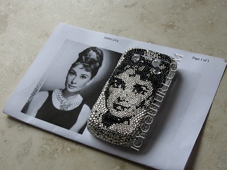 AUDREY HEPBURN Crystal Portrait. Celebrity Faces on small spaces!
