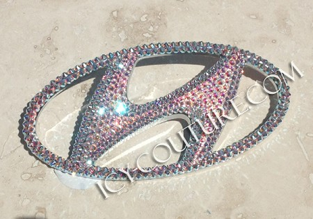 Crystal Bling HYUNDAI Emblem! (Most models)